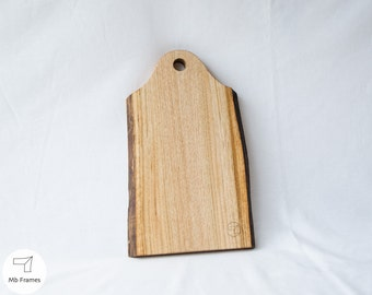 Cutting boards- Chopping board- Kitchen decoration- Gifts for her- Natural wood- Rustic wood- Home decor- Kitchen accessories