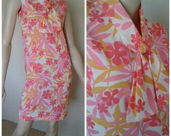 Vintage Mod Flower Power 60s/70s Shift Dress/Goovy Go Go Hippie/1960 Mad Men Style/ Size Small~Medium/Pink Orange White