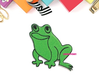 Green Frog Cute Animal New Sew / Iron On Patch Embroidered Applique Size 7.3cm.x7.7cm.