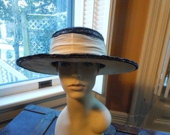 Attractive Wide Brim High-End 1950s-60s Black Straw Hat