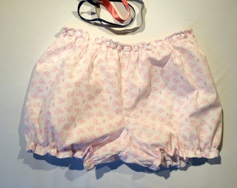 "Wome Bloomers "" Bicycle "", fabric white with bicycles patterns / Panties / / Hot pants / Women gift/ Pajama short / Gift for her / Gift"