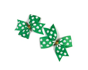 St Patrick's Day Hair Bow, St Patrick's Day Bow, Shamrock Hair Bow, Shamrock Bow, Green Bow, Pinwheel Hair Bow, Pigtail bow,