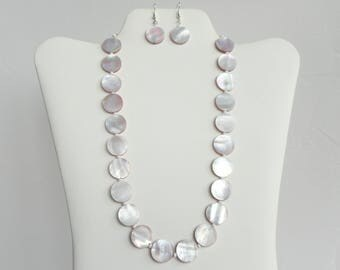 Lilac Mother-of-Pearl Necklace and Earring Set