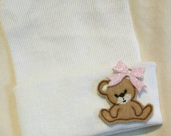 Newborn Hospital Hat.  Newborn Hospital Beanie. Baby Newborn Hats.Newborn Beanies. Bear with Heart