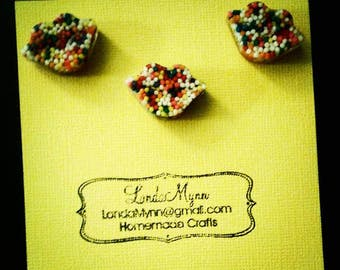 Resin magnets. Cute magnets that can be used for work, school, or just to decorated your fridge at home.