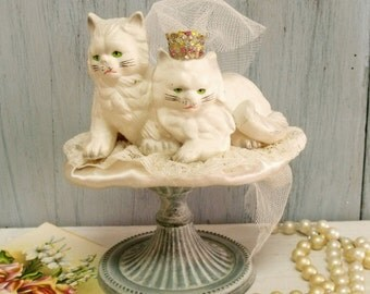 Vintage cats bride groom cake topper decor