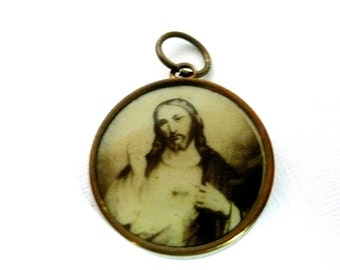 Vintage French Sacred Heart Medal
