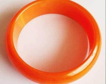Vintage 1930s 1940s Pumpkin Orange Swirl Genuine Bakelite Bangle TESTED