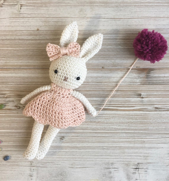 Conejo Kawaii Amigurumi Patron : Amigurumi bunny girlcrochet bunny crochet toybaby bunny