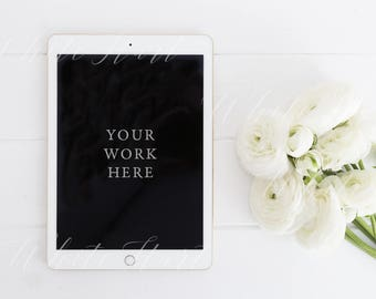 iPad mock up - PSD and Jpeg file - Styled stock photography + Smart Object - Drop your file in and it is ready! Perfect for your ebook cover