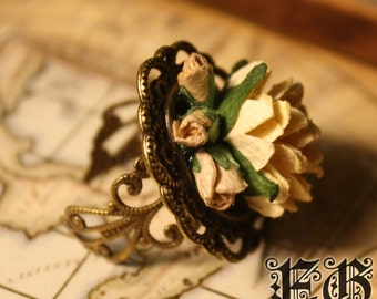 Tender Rose Floral Antique Ring - Ivory