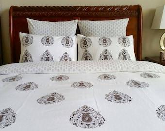 couvre lit indien etsy. Black Bedroom Furniture Sets. Home Design Ideas