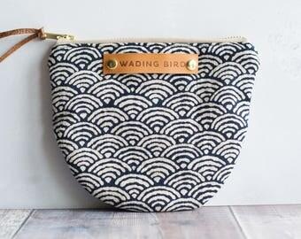 Handbag organiser, make up back, cosmetic bag, coin pouch, zippered purse, zipped purse