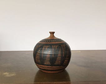 Pacific Stoneware Weed Pot Bud Vase Bennett Welsh