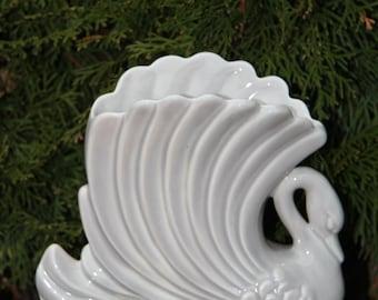 Vintage Royal Haeger Ceramic Swan Vase R731