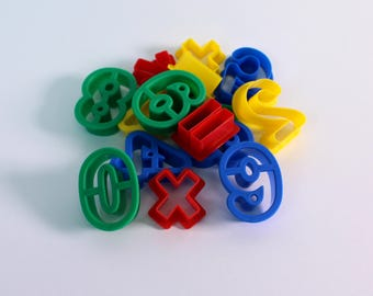 Plastic Number and Symbol Dough Cutters Pack of 15 Washable Bright Colour 0 to 9 and Arythmetic Symbol Dough Cutters