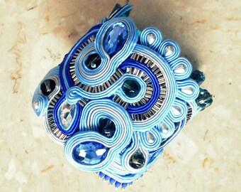 Soutache bracelet in blue