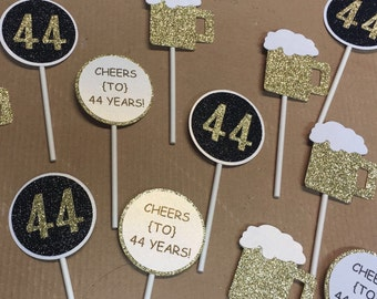Cheers and Beers cupcake toppers