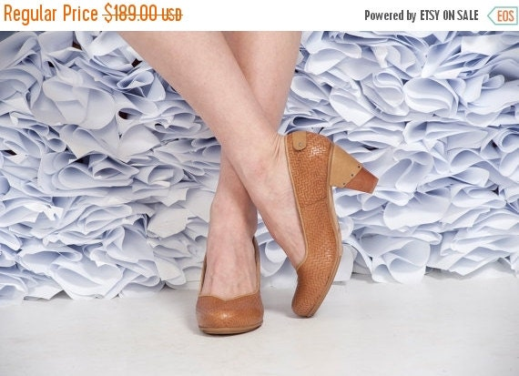 Camel High Heel Leather Shoes / Brown Women Shoes / Evening Shoes / Office Shoes / Wooden Heels Shoes / Sexy Shoes / Texturd Shoes - Emily