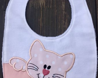 Embroidered bib with cat