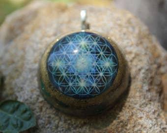 Flower of life orgonite pendant