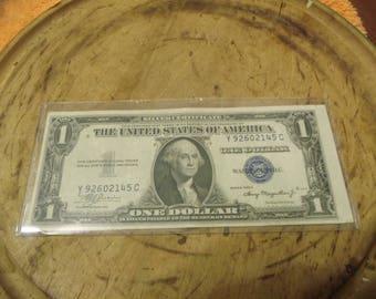 1935-A 1 Dollar Silver Certificate