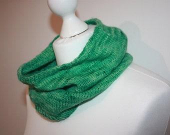 SALE - Cowl Snood Neck Warmer in Luxury British Lambswool Hand Dyed Wool Green Hand Made Knitwear Knit OOAK KN024