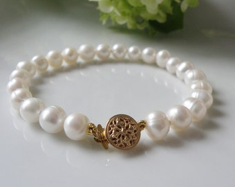 Bracelet of freshwater pearls, handmade in quebec, wedding, pearl jewelry,