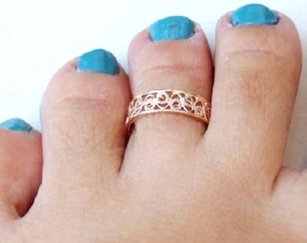 Gold Toe Ring, Gold Knuckle Ring, Gold Adjustable Ring, Gold Lace Ring, Gold Spirals Ring, Yellow Gold Ring, Gold Band Ring, Small Gold Ring