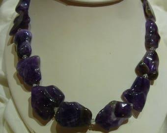 G44 Vintage Purple Stones Necklace.