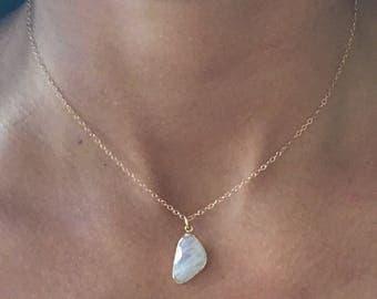 Moonstone Necklace // Moonstone Gold Necklace // Moonstone Choker Necklace // Moonstone Pendant Necklace
