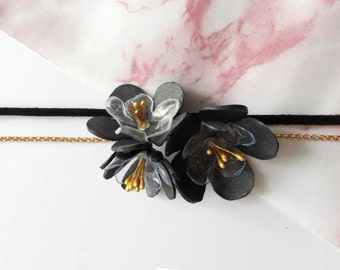 Bracelet flowers and leather two rows - flower of the field