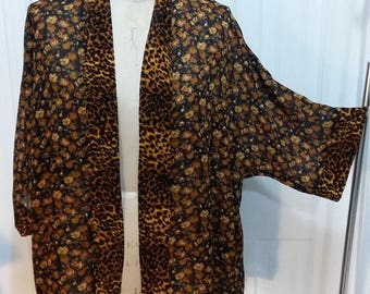 Printed Everybody Kimono with Sleeve