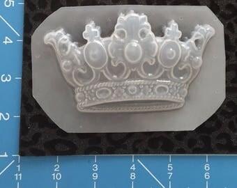 Big crown mold