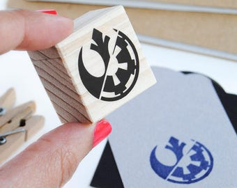 Star Wars CHOOSE WISELY stamp, Choose Wisely Star Wars, Rebel Alliance stamp, Galactic Empire, choose wisely, Star Wars wrapping paper idea