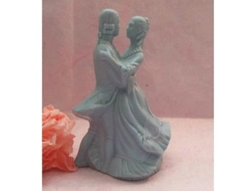 Vintage Avon Viennese Waltzing Couple,  Potpourri Fragrance,  Decorative Pomander,  Powder Blue, Colonial Couple, Dancing, Fragrant Figurine