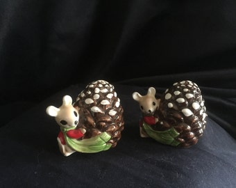 Christmas Mice Pinecone Salt and Pepper Shakers