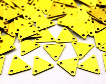 100 pcs 9x10 mm Raw Brass Triangle Charms