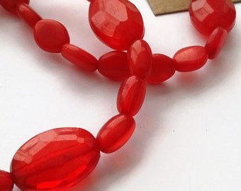 Red lozenge bracelet duo