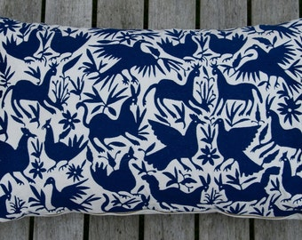 Embroidered cushion cover in Dark Blue, 40x65 cm.