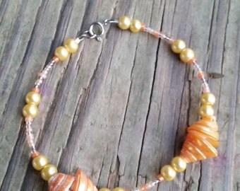 Peachy Shell Bracelet