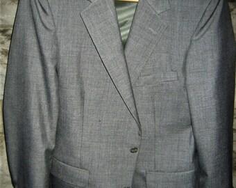 """Vintage 70s Botany 500 men's coat, excellent condition 40"""" chest read for details"""