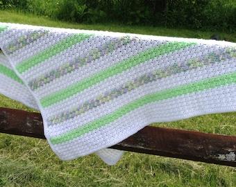 White & Green Blanket