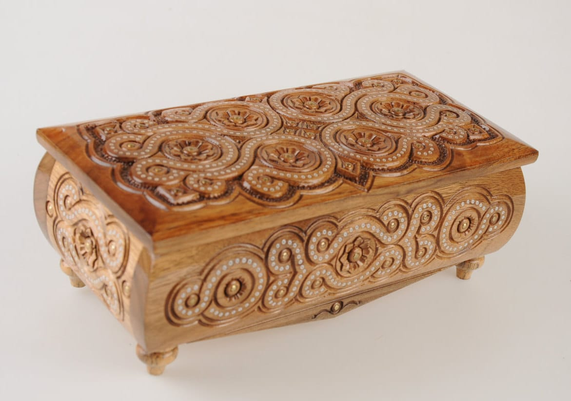 Wooden jewelry box wooden box carved handmade small wooden box for Jewelry box made of wood