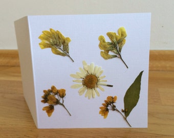 Dried Pressed Flowers, Holiday Greeting Card, Pressed Flowers Greeting Card, Greeting Card