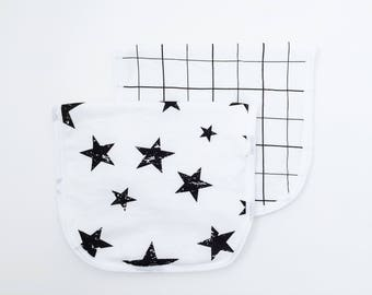 Burp Cloth, Burp Cloth Set of Two, Black and White Gift for Baby, New Baby Burp Cloth, Handmade, Neutral Burp Cloth, Stars Baby Shower
