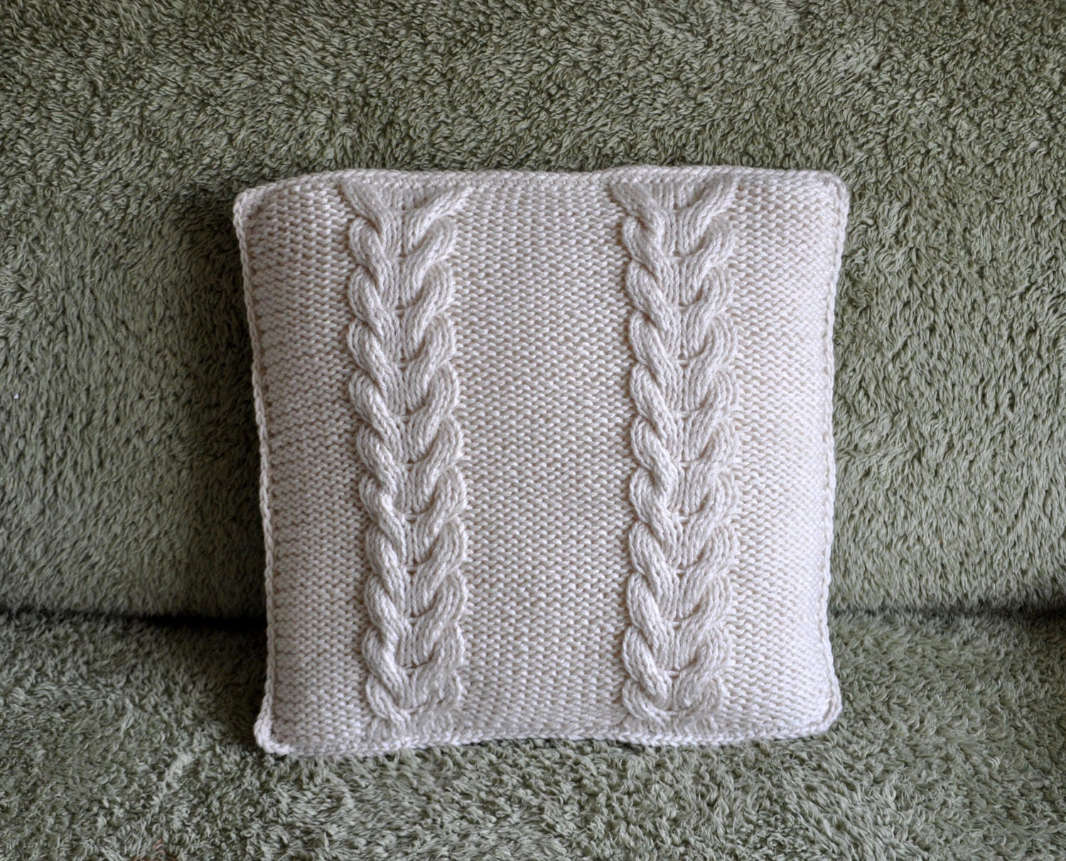 Christmas gift cream cable hand knitted cushion cover aran yarn christmas gift cream cable hand knitted cushion cover aran yarn handmade cushion cream decorative sofa pillow handmade in london uk bankloansurffo Gallery