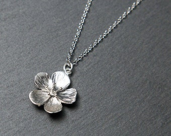 Flower Necklace, Silver Flower pendant. Metal flower. Rhodium Necklace.
