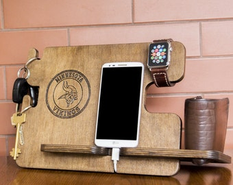 Personalized Minnesota Vikings docking station - iPhone charging stand, gift idea - Mens charging dock