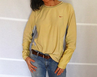Nike athletic sweatshirt dry fit mens womens sport quick dry t-shirt long sleeved shirt Nike dry-fit top  vintage nike 1990s size L